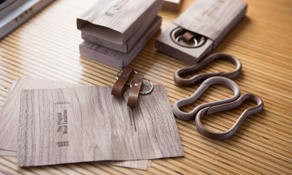 How is made The Original Wood Carabiner